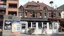 Overkapte terrassen, reclames naar de etages: doorn in het oog van de Omgevingscommissie.