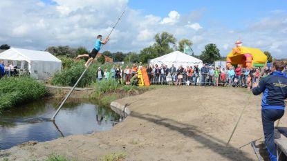 Vlaams kampioenschap fierljeppen in Prosperpolder
