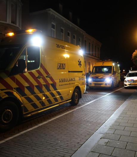 Gast van eetcafé in Breda wordt onwel en moet naar het ziekenhuis