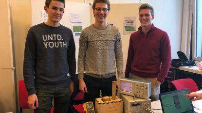 Gedaan met valsspelen in Kubb: ingenieursstudenten van de KU Leuven ontwikkelen de E-kubb