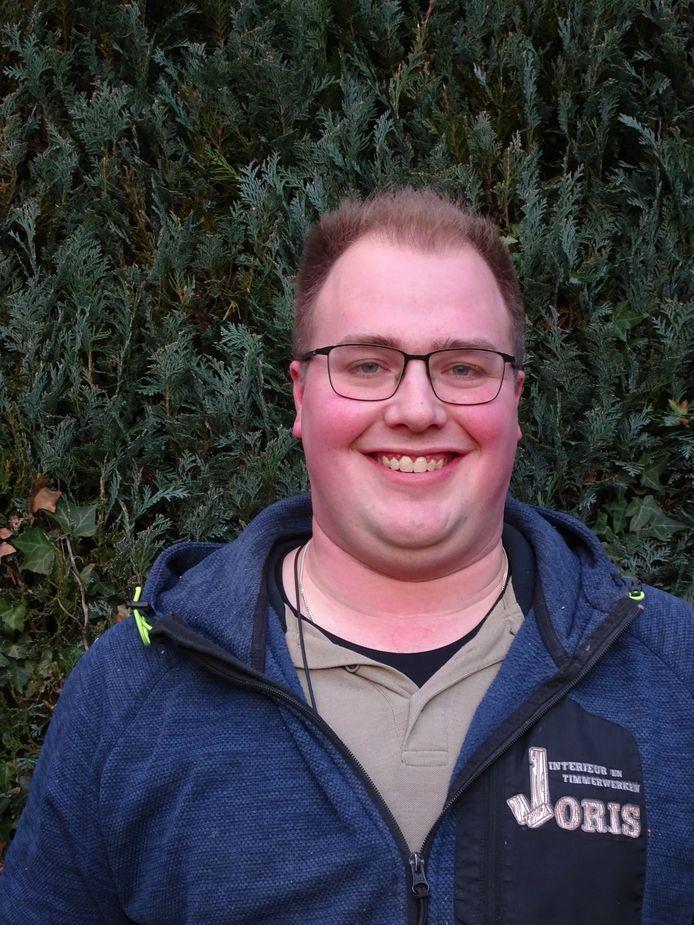 Joris Geerts rondde een paar maanden geleden de opleiding bevelvoerder bij de brandweer af.