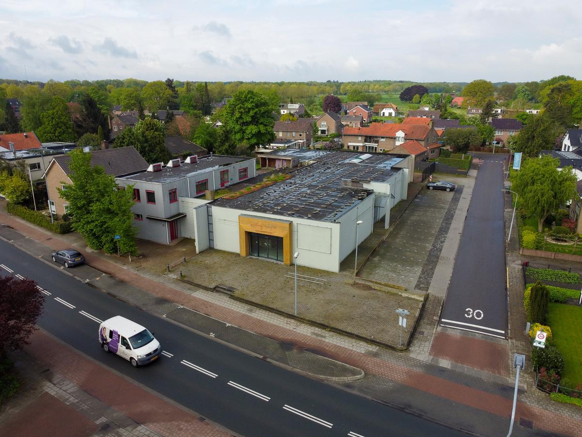 De locatie van de oude Welkoop is in beeld voor de bouw van een supermarkt. Buurt én gemeente maken zich zorgen over de nadelige effecten van de verwachte verkeerstoename die dat teweeg brengt.