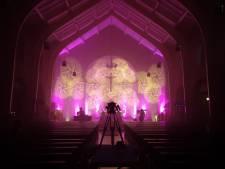 Boetedoening voor drinken bier bij altaar maakt kerk Lievelde weer heilig