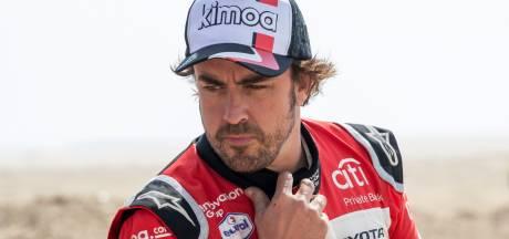 Alonso naar ziekenhuis na ongeluk tijdens fietstocht, F1-coureur breekt kaak