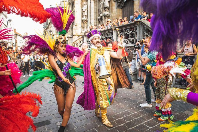 De parade van Mardi Gras