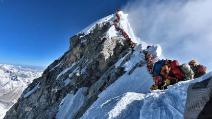 Dodentol op Mount Everest stijgt naar 11: Amerikaan (61) sterft bij afdaling
