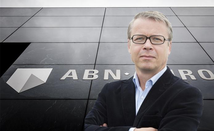 Gebert Janssen uit Zutphen werd tot zijn schrik dood verklaard door een medewerker bij ABN Amro. Al zijn rekeningen en pasjes werden geblokkeerd.