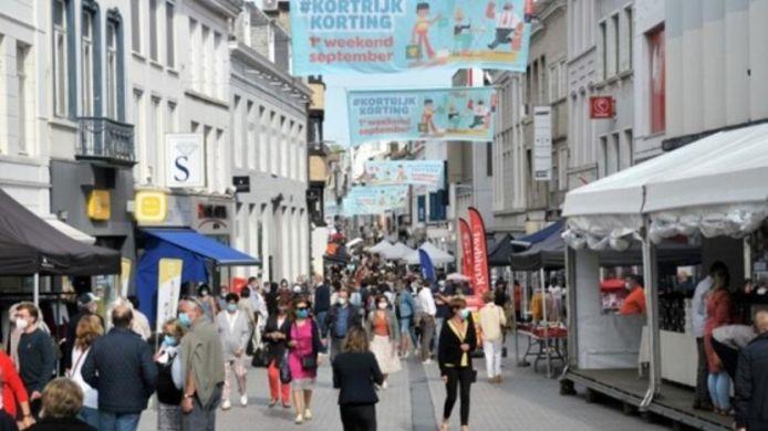 In Kortrijk vindt dit weekend de Midzomer-braderie plaats.