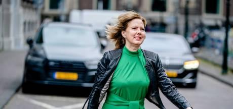Minister: Automobilist niet verplichten om overdag met verlichting te rijden