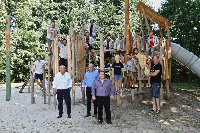 Aan de Scoutslokalen in de Koekuit in Menen kunnen kinderen nu naar hartenlust spelen.