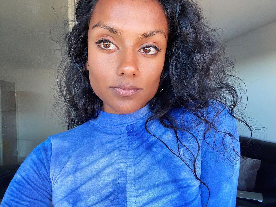 Actrice Simone Ashley