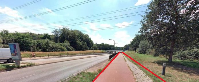 Het fietspad aan de noordkant van de Anthony Fokkerweg wordt opgeofferd voor de toekomstige busbaan.