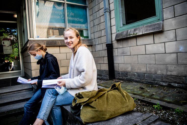 Maxima Moerman (17) en Elise Acke (18)  uit Grimbergen  Beeld Photo News