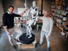 Heupwiegende robot Elettre tóch op innovatiefestival Innovate Arnhem