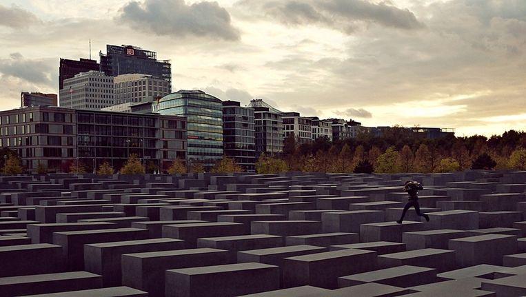 Het Holocaustmonument in Berlijn is opgevat als een open plek. Beeld creative commons - alphamouse