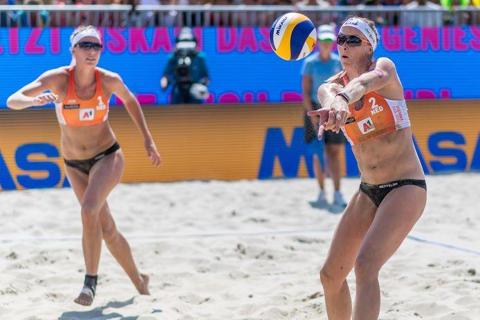 Madelein Meppelink (rechts) vormt op deze Olympische Spelen een duo met Sanne Keizer.