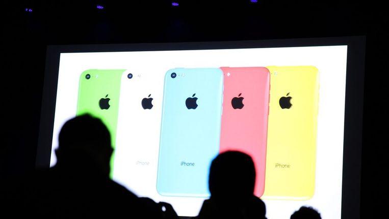 Apple heeft dinsdag twee nieuwe modellen iPhone gepresenteerd. Beeld epa