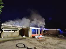 Grote brand in horecagebouw op terrein Camping de Zwarte Bergen