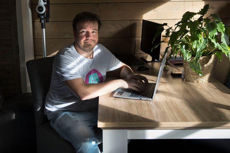 Ondernemer Martijn de Groot bouwt webwinkels. 'De mensen raakten eerst in paniek en werden afwachtend.' Beeld Arie Kievit