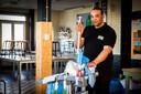 Do Parker werkt als schoonmaker bij Novon in Zwolle
