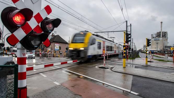 Geen treinverkeer tussen Kortrijk en Lichtervelde door incident op het spoor in Roeselare