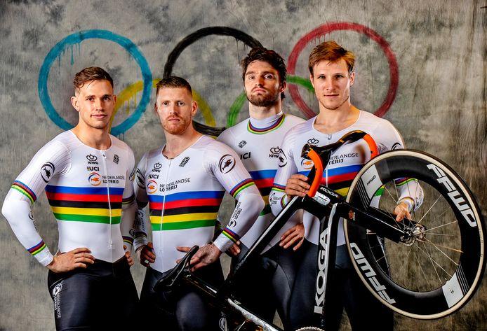 De teamsprinters, met vlnr: Harry Lavreysen, Roy van den Berg, Matthijs Buchli en Jeffrey Hoogland.