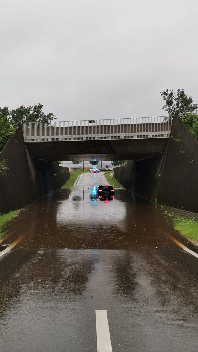De tunnel staat opnieuw onder water.