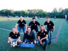 Ferry (26) richtte samen met zijn vrienden een eigen voetbalclub op: 'Dit is een soort jongensdroom'