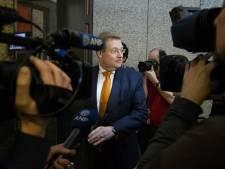 Van der Steur maakt excuses aan MH17-patholoog Maat