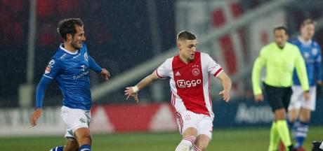 FC Den Bosch wint voor het eerst ooit bij Jong Ajax en boekt eerste uitzege van dit seizoen