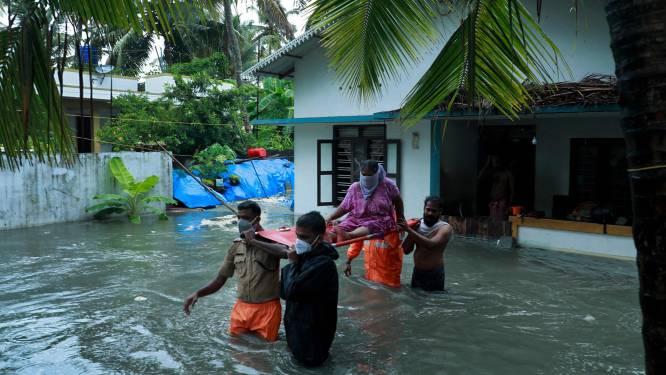 Nu ook tropische storm in India: golven van 14 meter beuken in op westkust