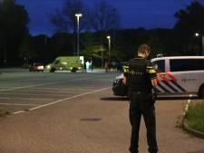 Man (23) gewond door schietpartij sportpark Vierhoeven in Roosendaal, verdachte op de vlucht