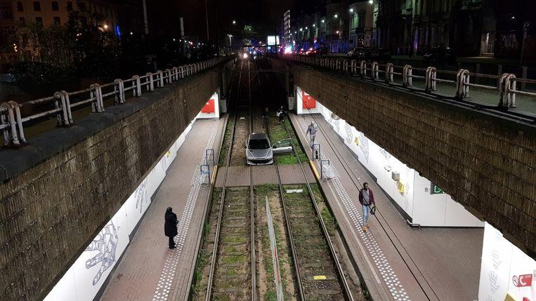 Door het voorval was het tramverkeer een tijdlang onderbroken.
