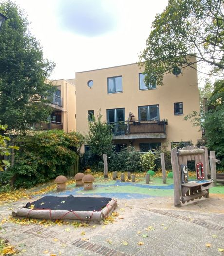 Gloednieuwe speeltuin (van 23.000 euro) is zó populair dat hij nu alweer afgebroken wordt