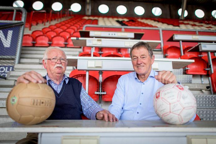Oud-chefs sportredactie Twentsche Courant en Dagblad Tubantia: Willem Pfeiffer en Wim Hesselink (met snor).