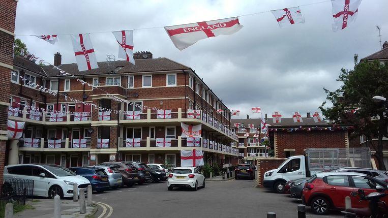 De Kirby Estate in Zuid-Londen, heeft een naam hoog te houden als het op voetbal aankomt. Beeld Patrick van IJzendoorn