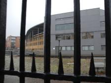 Rechtbank hakt knoop door en verlengt tbs van vrouw die vriend doodstak