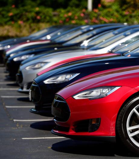 Kabinet wil gigafabriek van Tesla naar Nederland halen