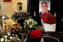 In Koninklijk Theater Carre in Amsterdam word afscheid genomen van misdaadverslaggever Peter R. de Vries.