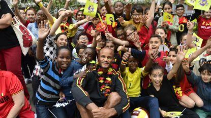 IN BEELD: Kompany & co bezorgen schoolkinderen de dag van hun leven