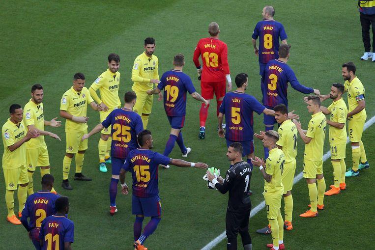 Anders dan Real Madrid zondag vormde Villarreal gisteren wel een erehaag voor de kersverse Spaanse kampioen.
