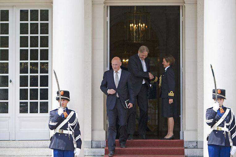 Uri Rosenthal verlaat paleis Nooreinde (ANP) Beeld