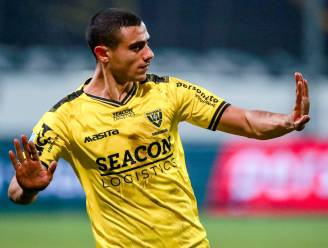 Eredivisie in de ban van 'Griekse wonderspits' die gisteren met 4 goals in voetsporen van Luis Suárez trad