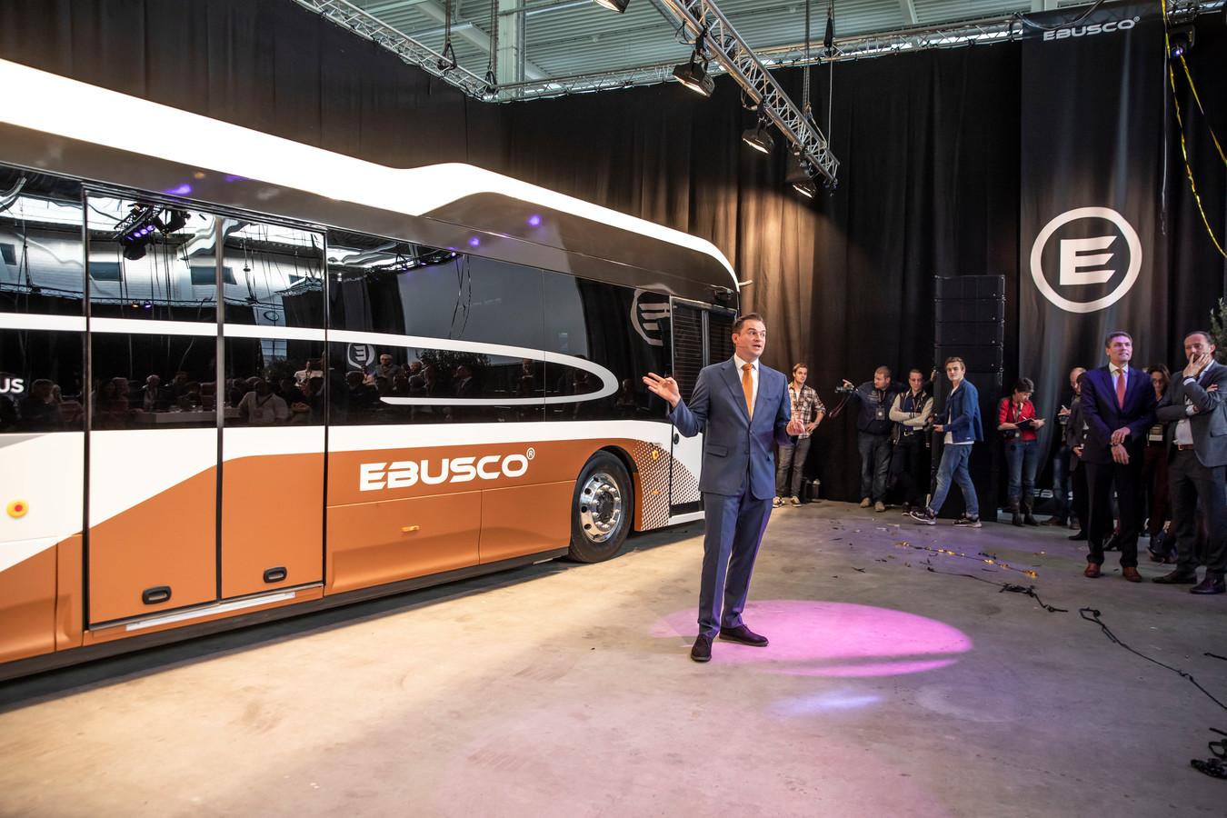 Behalve vliegtuigrompen kan ook het chassis van elektrische bussen van composiet worden gemaakt, zo bewijzen ze bij de Ebusco.