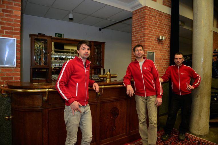 Pieter Taccoen, Danny Coekaerts en Patrick Remans aan de toog van De Wildeman.