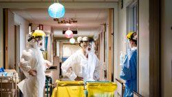 """""""Bereiden ons voor op toename coronapatiënten"""": AZ Nikolaas trekt dit weekend capaciteit COVID-19-afdeling op"""