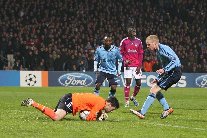 Davy Klaassen bij zijn debuut voor Ajax op 22 november 2011.