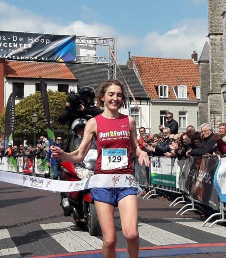 Schokker wint marathon in parkoersrecord