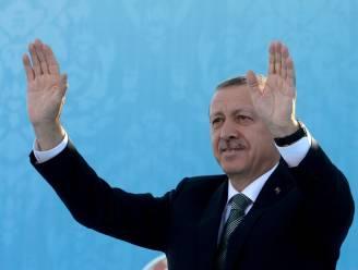 Turkse premier vreest voor samenzwering op Twitter
