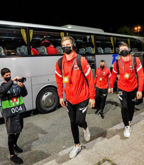 LIVE | AZ kan op bezoek in Roemenië goede zaken doen in Conference League-poule